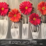 c RED-good-black-white-vase-daisy