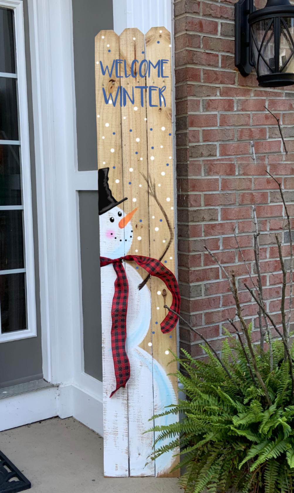 TALL FENCE SNOWMAN WELCOME SIGN - OCT 17 - SILVER RUN
